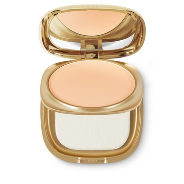 Крем-основа Gold Waves Powder Foundation 02