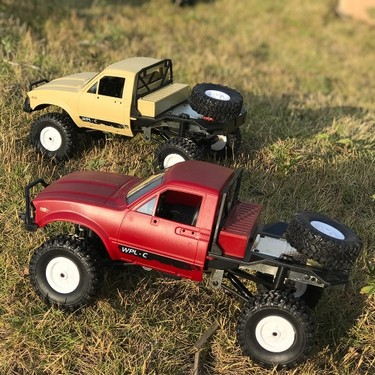 WPL C14 1/16 2.4GHz 4WD RC Crawler Off-road Semi-truck Car with Headlight RTR
